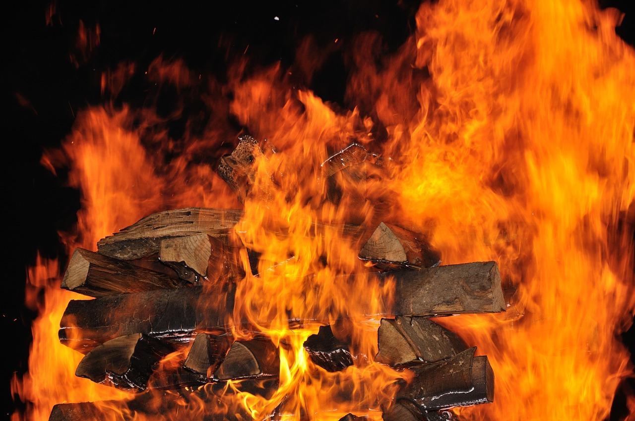 Theorie der geringen Wärmeleitfähigkeit beim Feuerlaufen